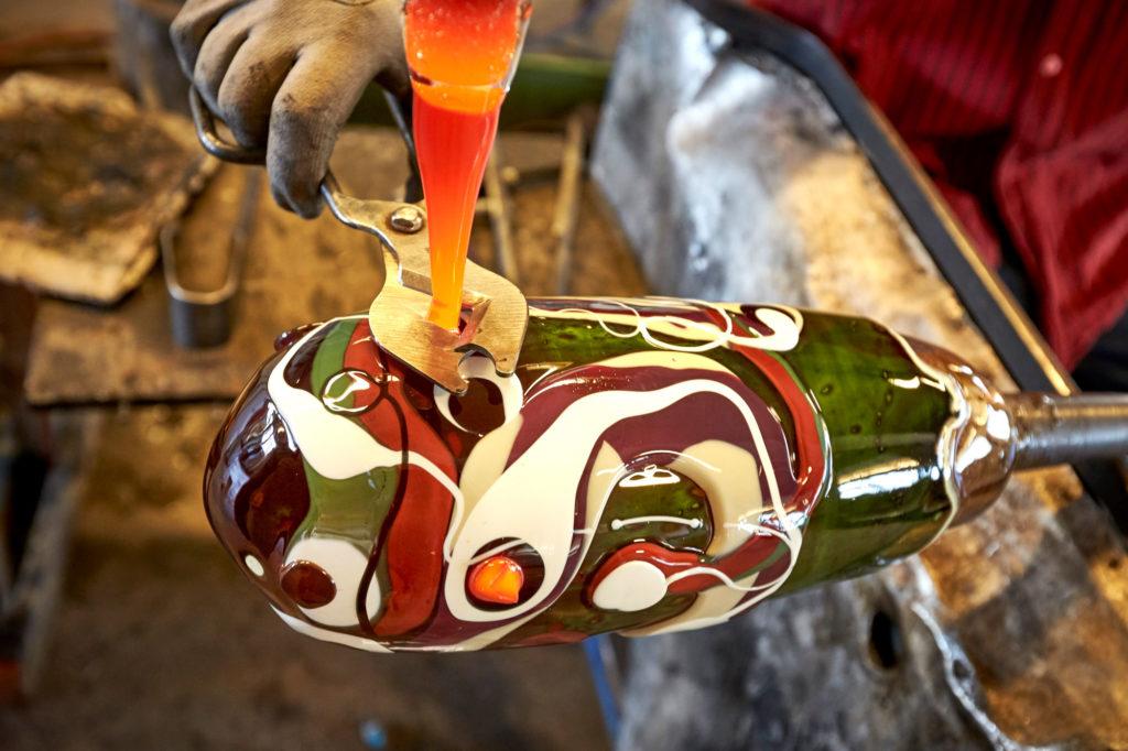 Tång på glaskonst i glasriket i Småland