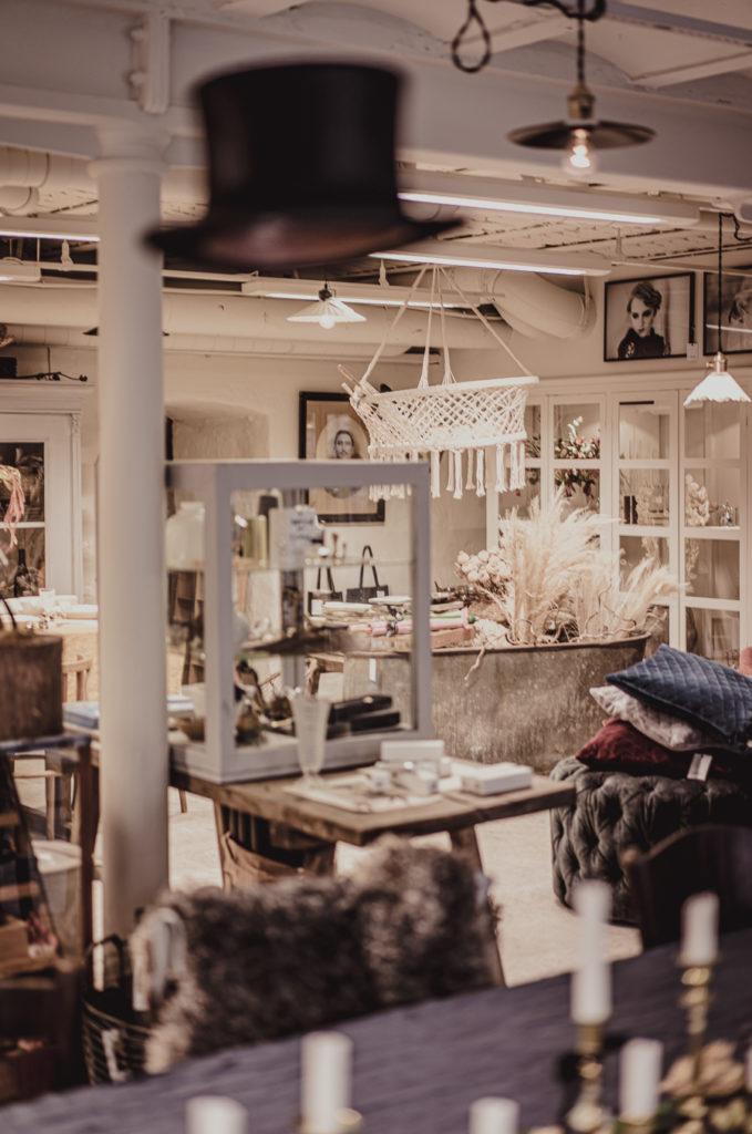 Interiör i Katrin Bååths ateljé på Tändsticksområdet i Jönköping