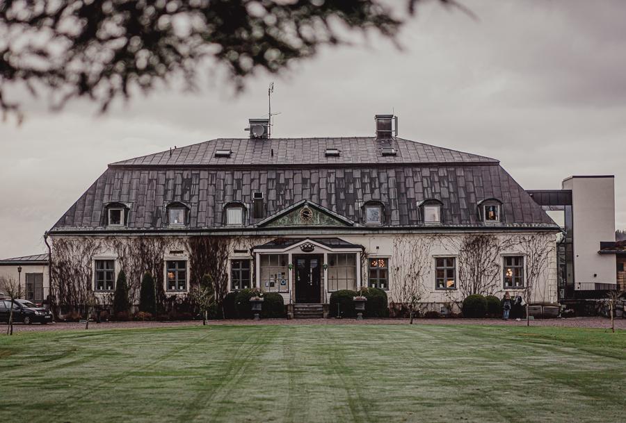 Fasaden vid Hooks Herrgård i Småland