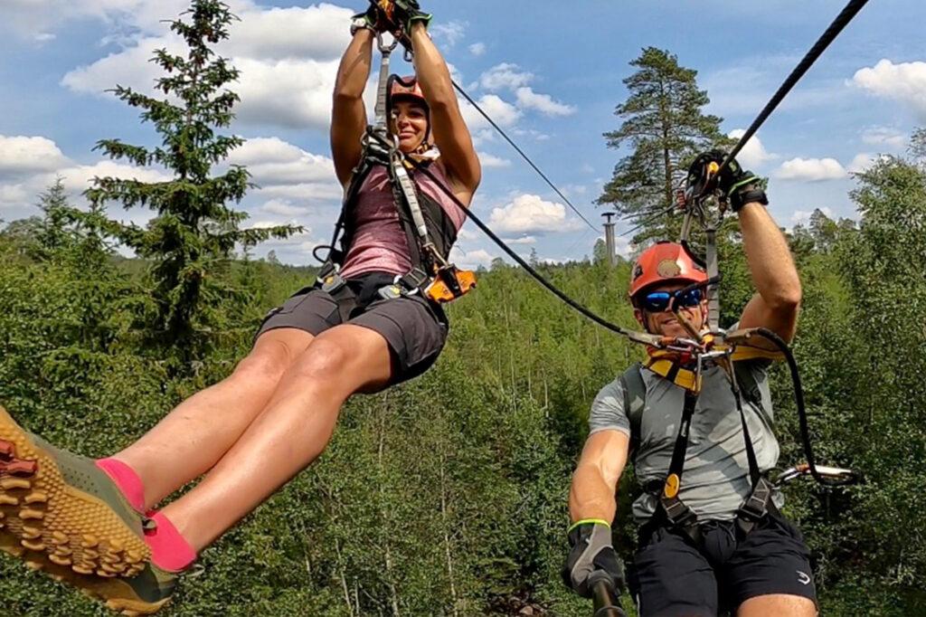 Team Lost åker zipline vid little rock lake