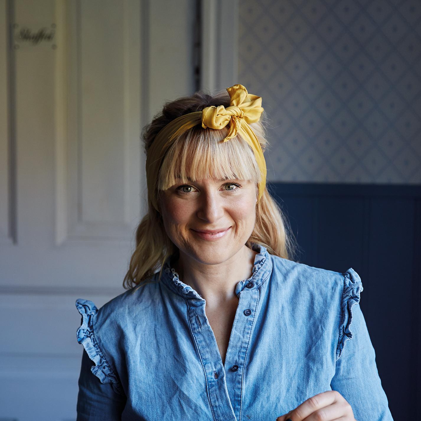Porträtt på Lisa Lemke.